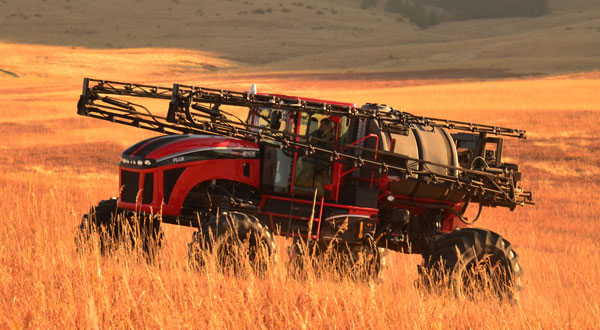 PLUS II Apache Sprayer